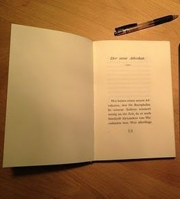 This book invites to read. Picture by Oliver Reichenstein